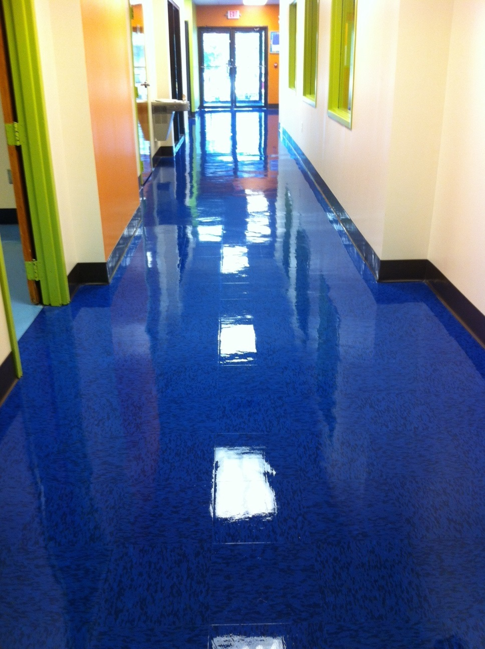 blue waxed floor - SmartDog Commercial Cleaning